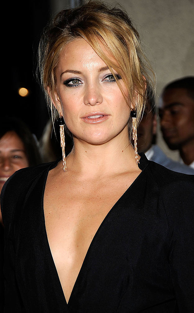 Kate Hudson black blouse