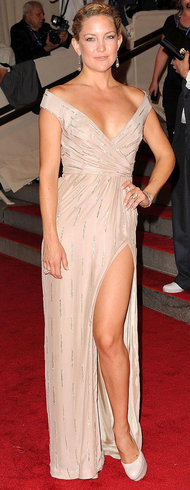 Kate Hudson leg
