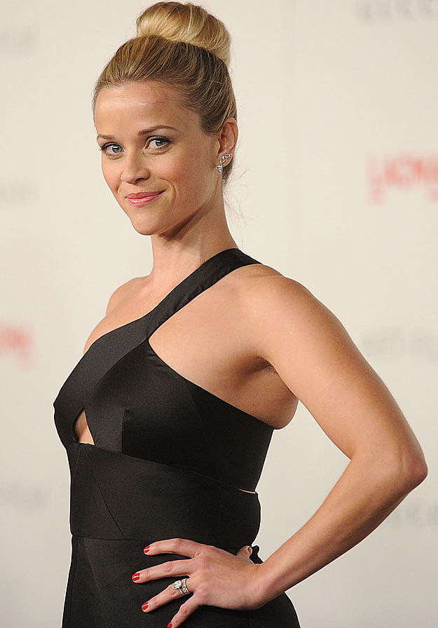 Reese Witherspoon black dress