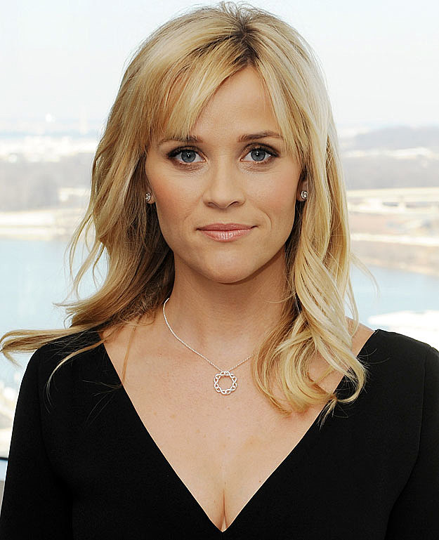 Reese Witherspoon low cut