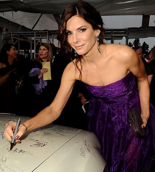 Sandra Bullock autograph