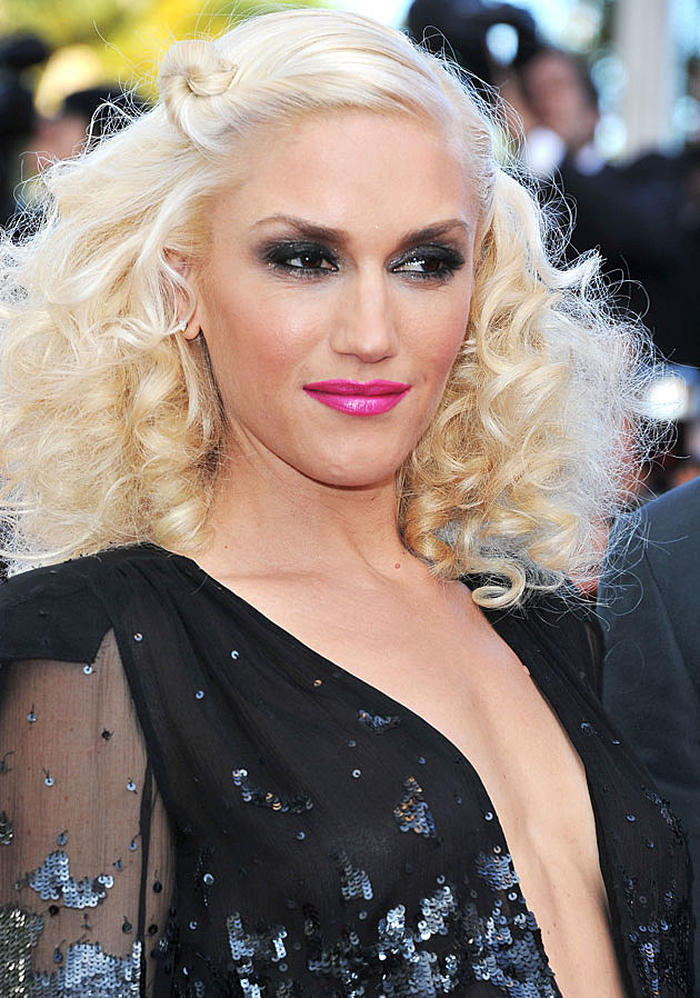 Gwen Stefani black top