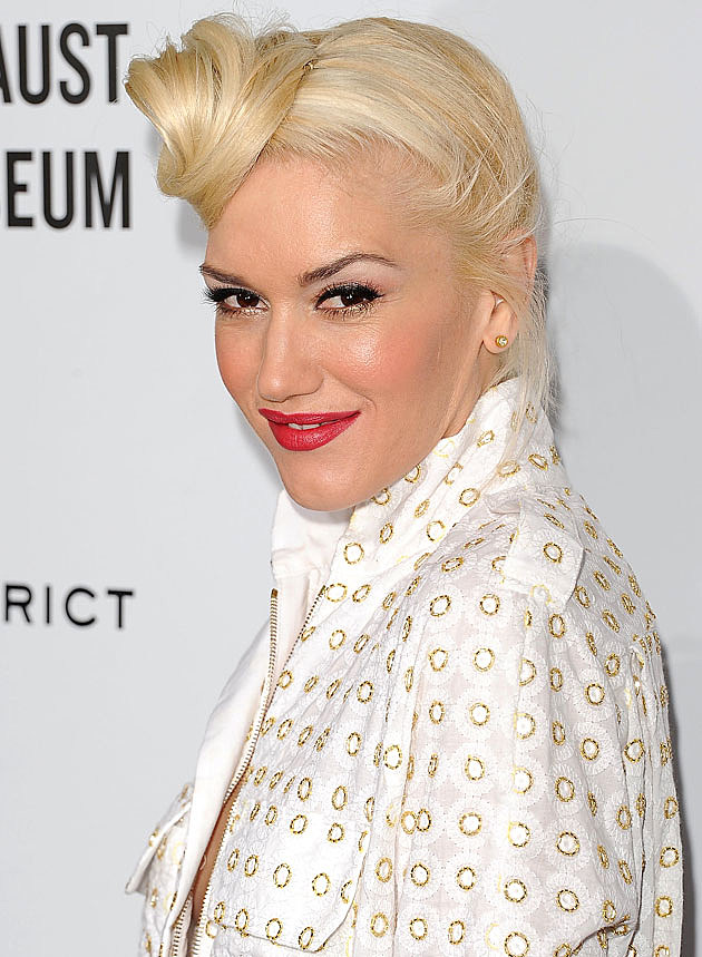 Gwen Stefani smiling