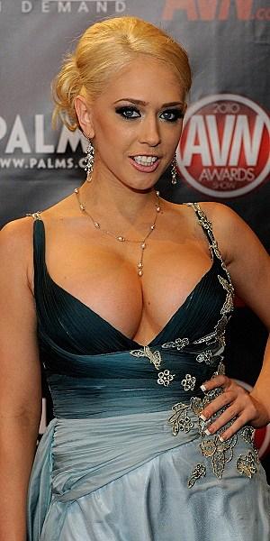 Gwen Garcia nude (29 photo) Sexy, YouTube, in bikini