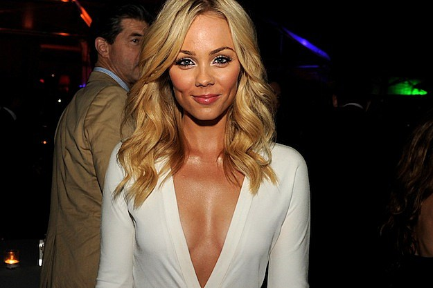 Laura Vandervoort  Featured