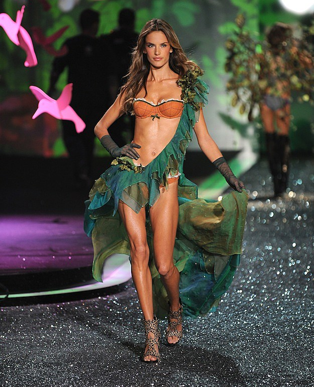 Alessandra Ambrosio Crush of the Day