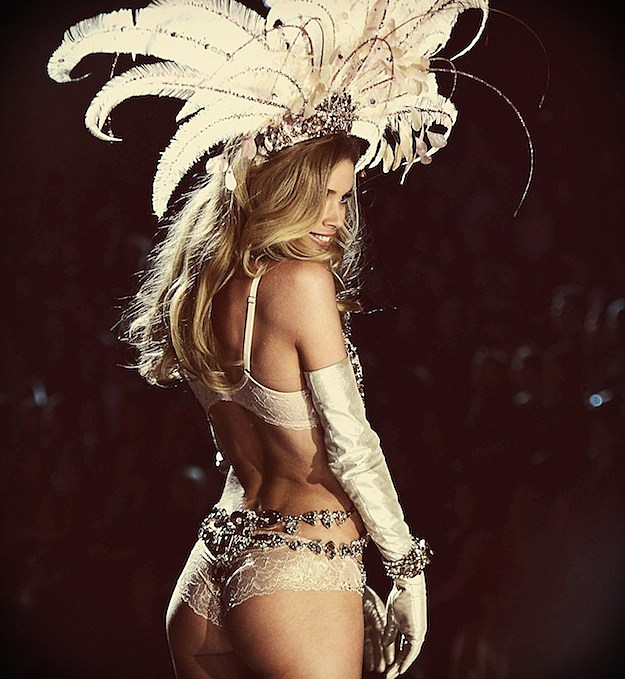 2012 Victoria's Secret Fashion Show pIcs