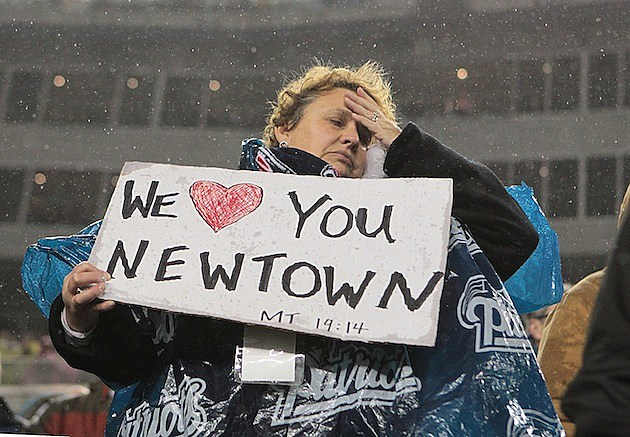 Newtown Shooting Victims Honored by NFL