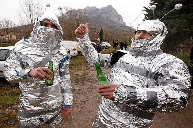 Drunken aliens