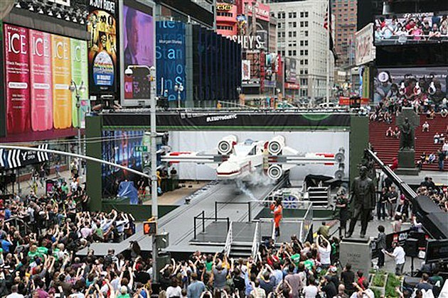 Lego X-Wing Times Square
