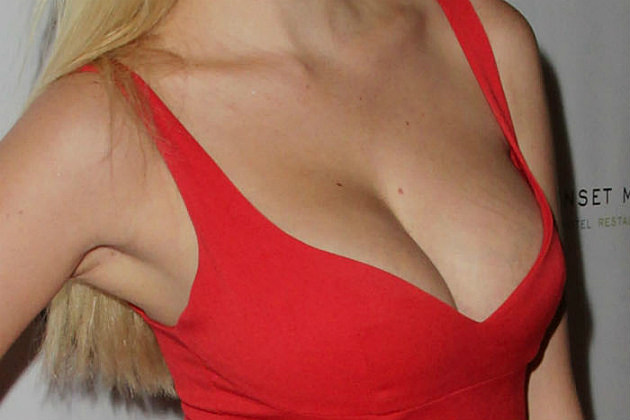 Celeb Cleavage Guess 12 26 13