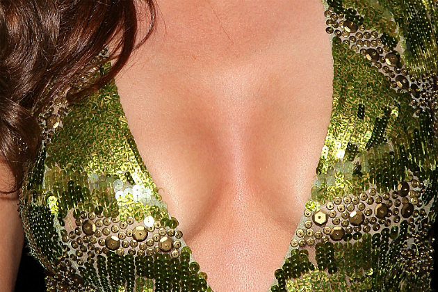 Celeb Cleavage Guess 1 2 14